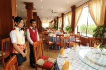 11Restaurant.jpg