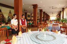 12Restaurant.jpg
