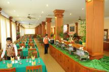 6Restaurant.jpg